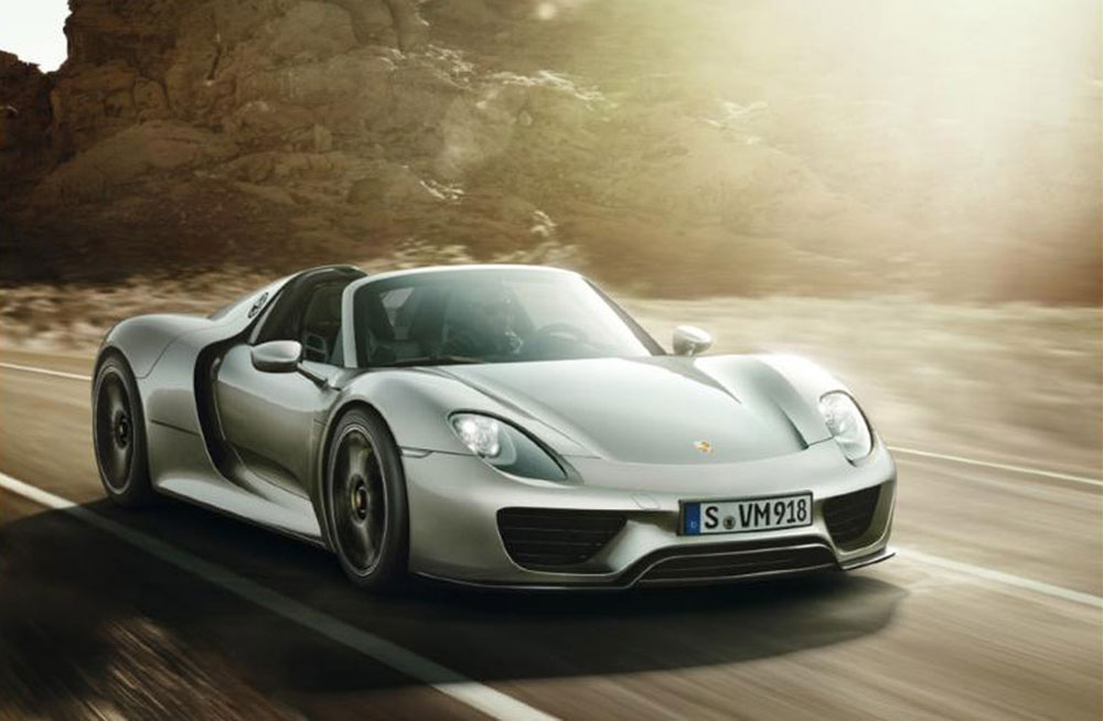 65 000 liquid shade paint for porsche 918 spyder extravaganzi. Black Bedroom Furniture Sets. Home Design Ideas