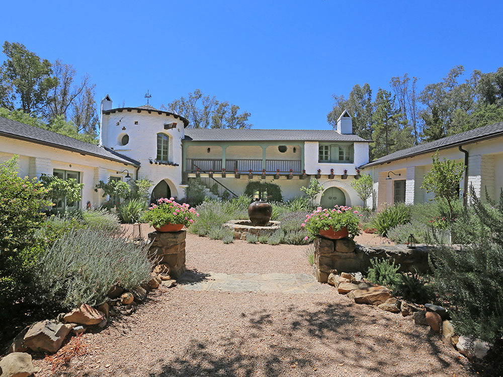 Reese witherspoon 39 s libbey ranch in ojai california for Case unifamiliari in stile ranch