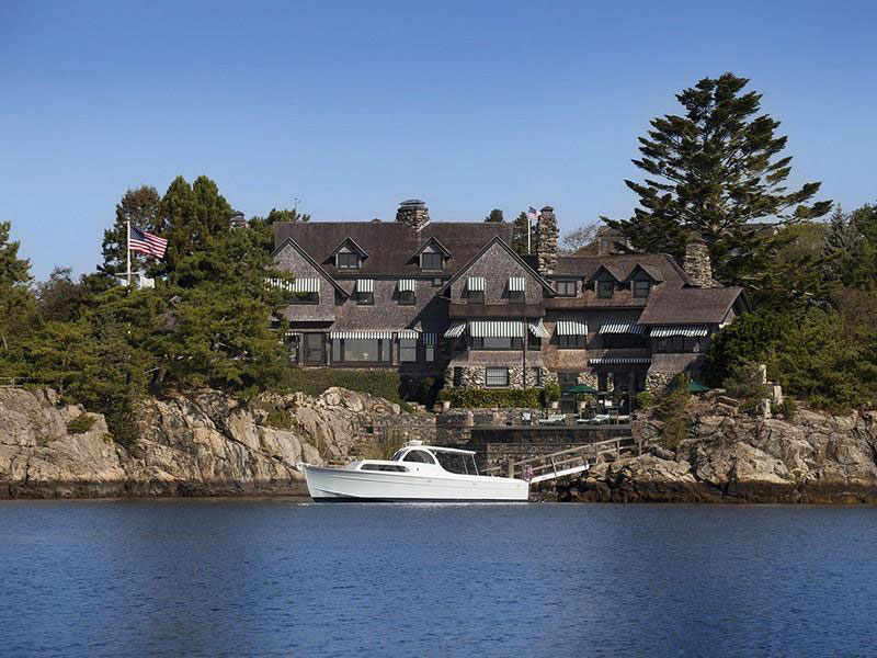 Soup Heiress Dorrance Hamilton S Rhode Island Estate On