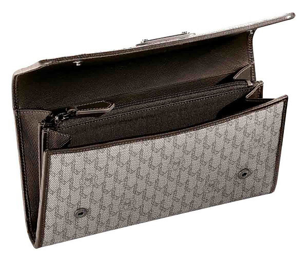 Montblanc 8cc Signature Ladies Wallet with zipped coin case