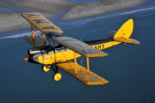 Bonhams to sell 1929 De Havilland DH 60GMW Gipsy Moth bi-plane was flown by character Denys Finch Hatton (played by Robert Redford) in the seven-time Oscar-winning 1985 film