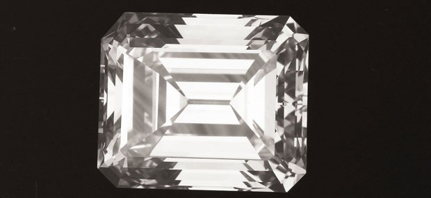 9.26-Carat-Unmounted-Emerald-cut-Diamond-Type-IIa-3