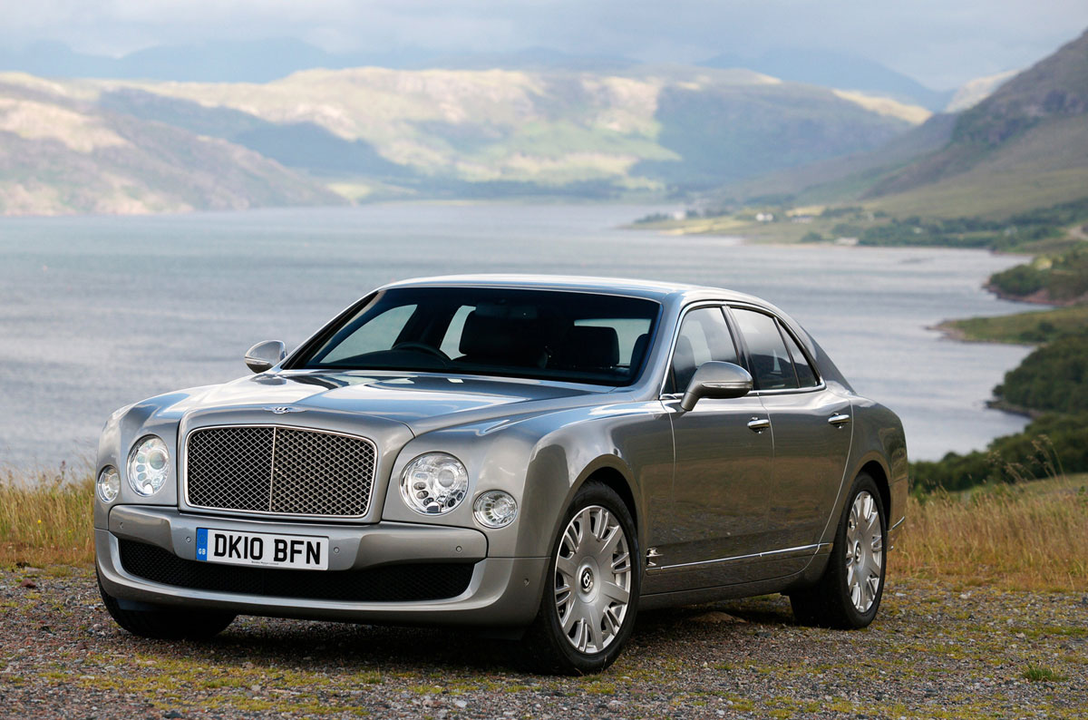 Bentley Showcases North American Debuts