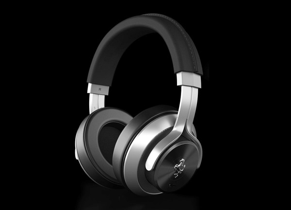 A luxurious design, the T350 Active Noise Cancelling (ANC) headphone follows inspiration from the GT Car's careful craftsmanship, sumptuous leather and beautifully honed metal surfaces