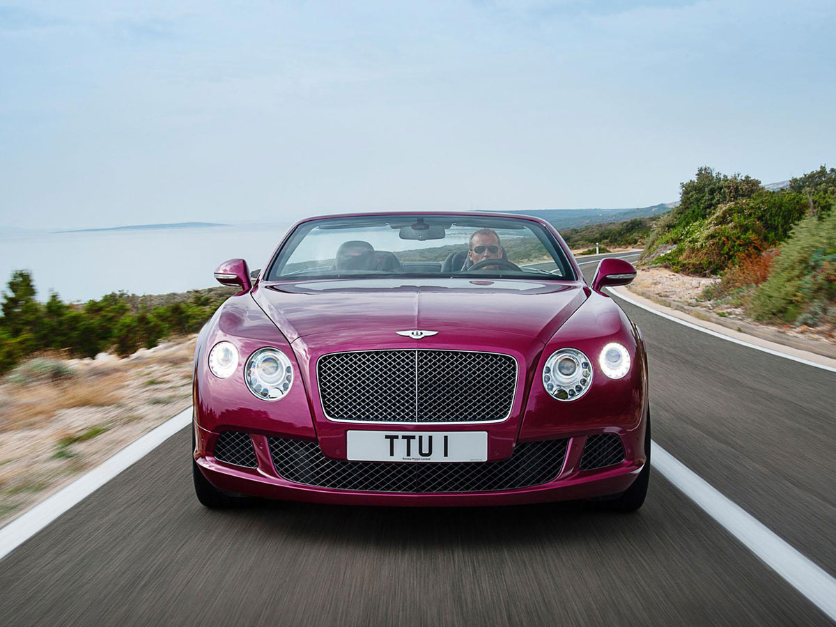 2013 bentley continental gt speed convertible photos leaked out extravaganzi. Black Bedroom Furniture Sets. Home Design Ideas