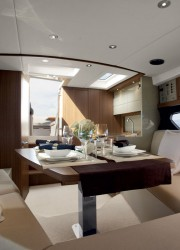 Atlantis 34 Motor Yacht
