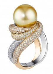 Trinity pearls ring