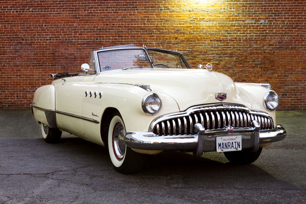 iconic 1949 buick roadmaster convertible used in rain man movie brings 170 500 extravaganzi. Black Bedroom Furniture Sets. Home Design Ideas