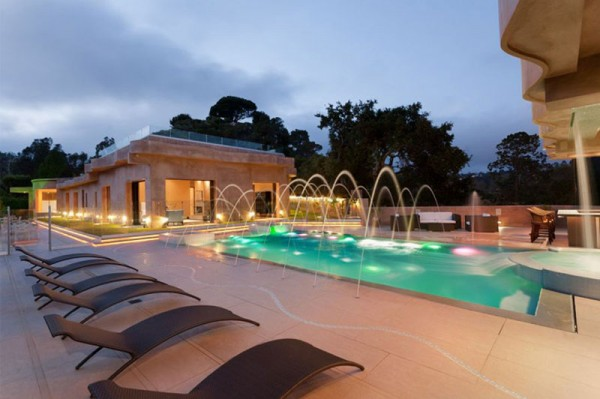 Rihanna's New $12 Million Pacific Palisades Mansion