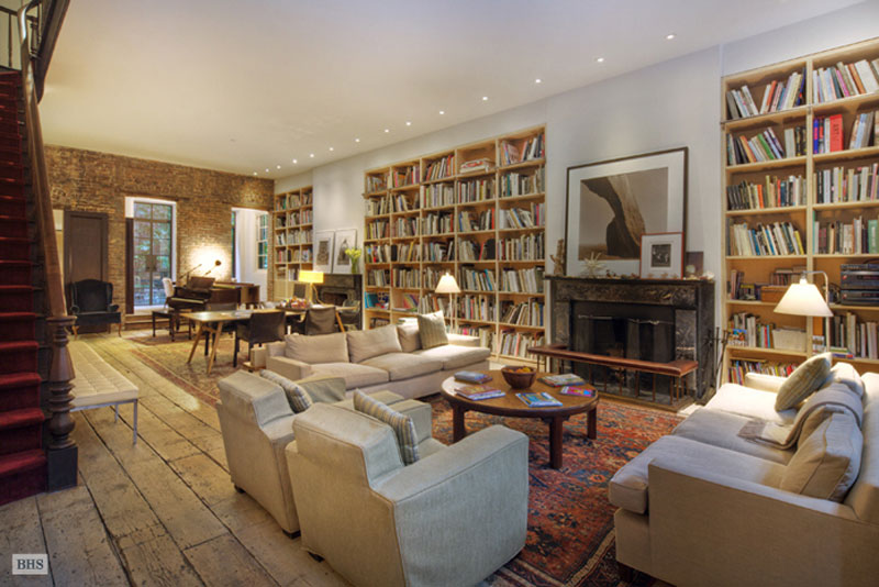 Annie leibovitz 39 s manhattan house on sale for 33 million for Manhattan house apartments for sale
