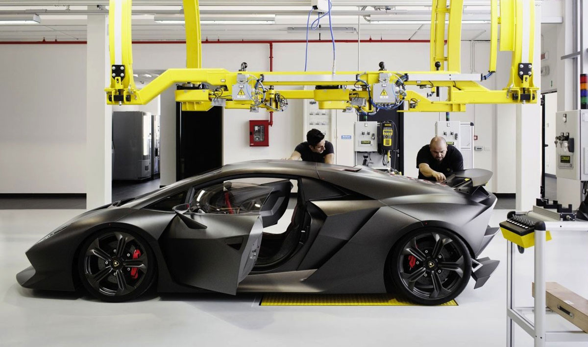 Production Of The Ultra Exclusive Lamborghini Sesto Elemento Supercar Has  Kicked Off On A Bespoke Assembly Line Inside The Italian Manufactureru0027s  Santu0027Agata ...