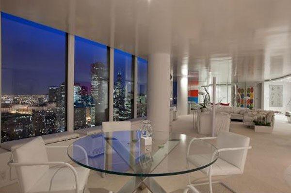 3 4 Million Lux Condo In Chicago S Lake Point Tower With