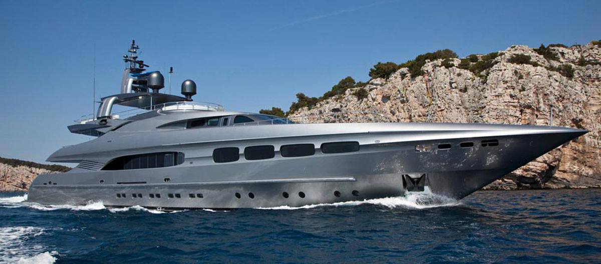 Mondo Marine's Streamline Yacht On Sale