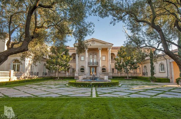 Magnificent Edifice Villa Bellosguardo In Thousand Oaks