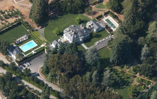 An estate in the Northern California community of Woodside has sold for $117.5 million