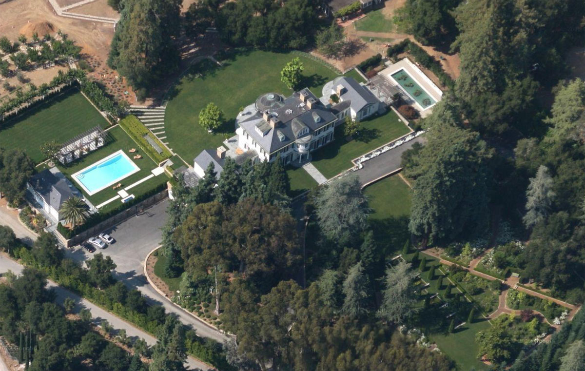 $117.5 Million Silicon Valley Home bought by Softbank's Billionaire Founder?