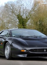 1994 Jaguar XJ220 Up for Grabs at Historics Auction
