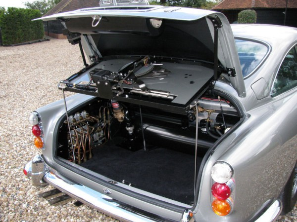 Aston Martin DB5 Driven By James Bond
