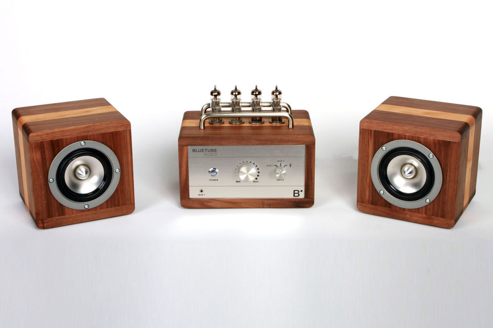 Bluetube Audio Vacuum Tube Amplifier and Speakers