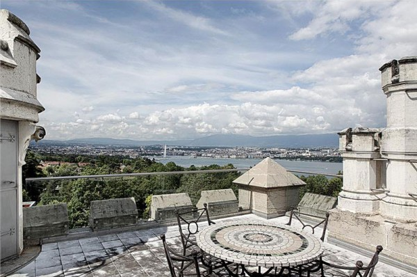 Château El Masr Near Geneva for Sale
