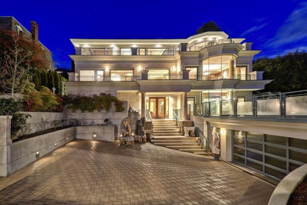 Chartwell Residence in West Vancouver