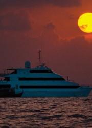 Four Seasons Maldives Explorer – Luxury Floating Resort