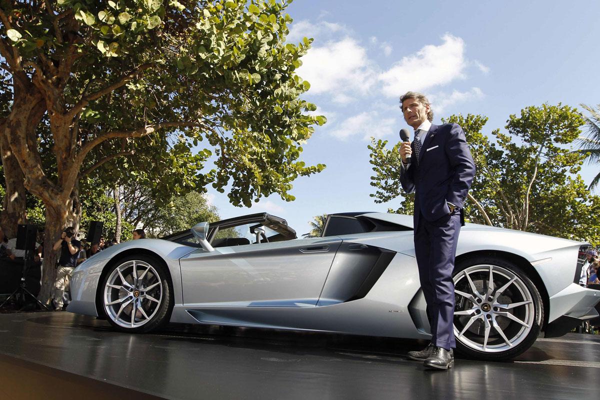Lamborghini Unveils Aventador Lp 700 4 Roadster In Miami