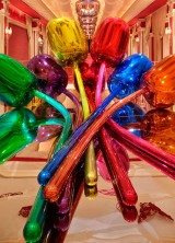 "Jeff Koons's $33.6 Million ""Tulips"" Sculputure at Wynn Las Vegas"