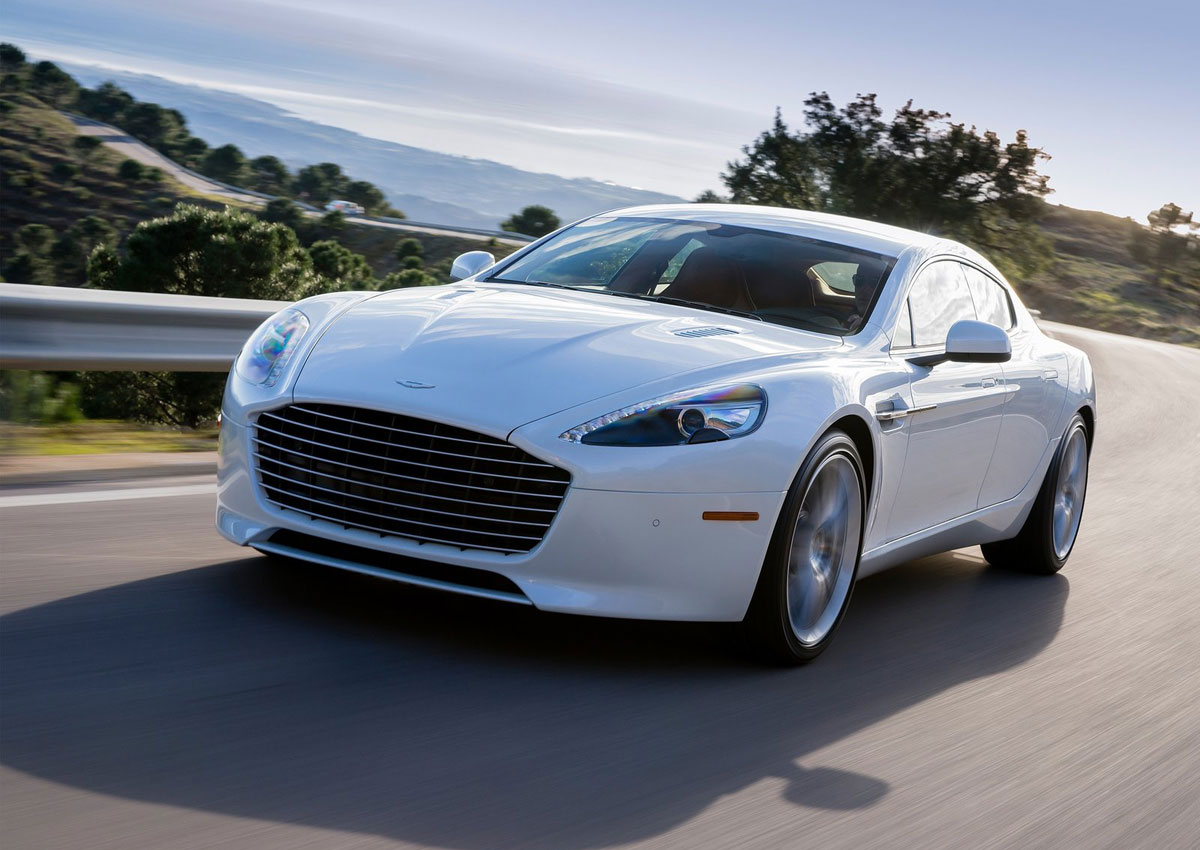 aston martin rapide s conquers u s extravaganzi. Black Bedroom Furniture Sets. Home Design Ideas