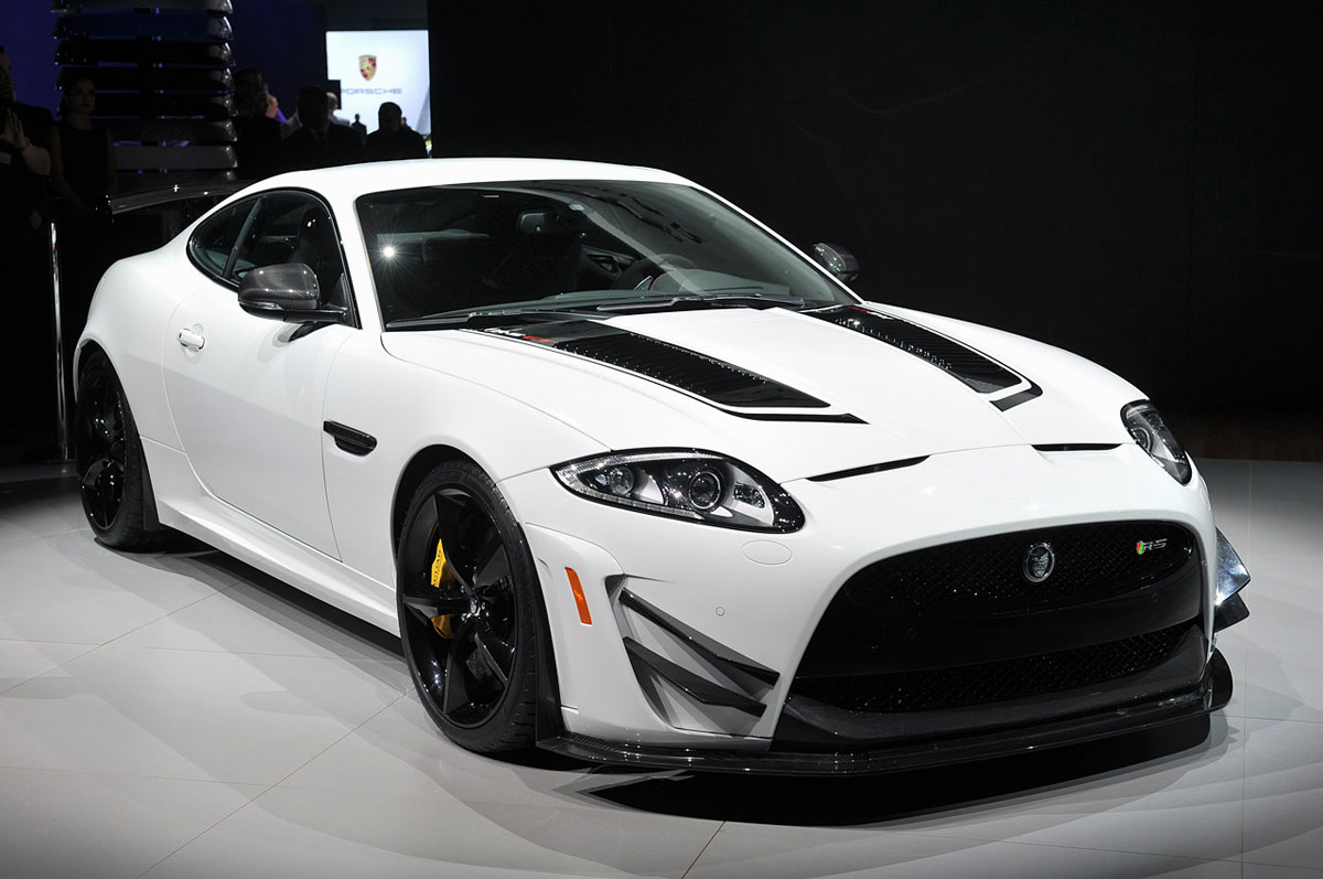 The Simply Luxurious Life Style Jaguar Unveils Xkr S Gt Limited Edition At New York Auto Show