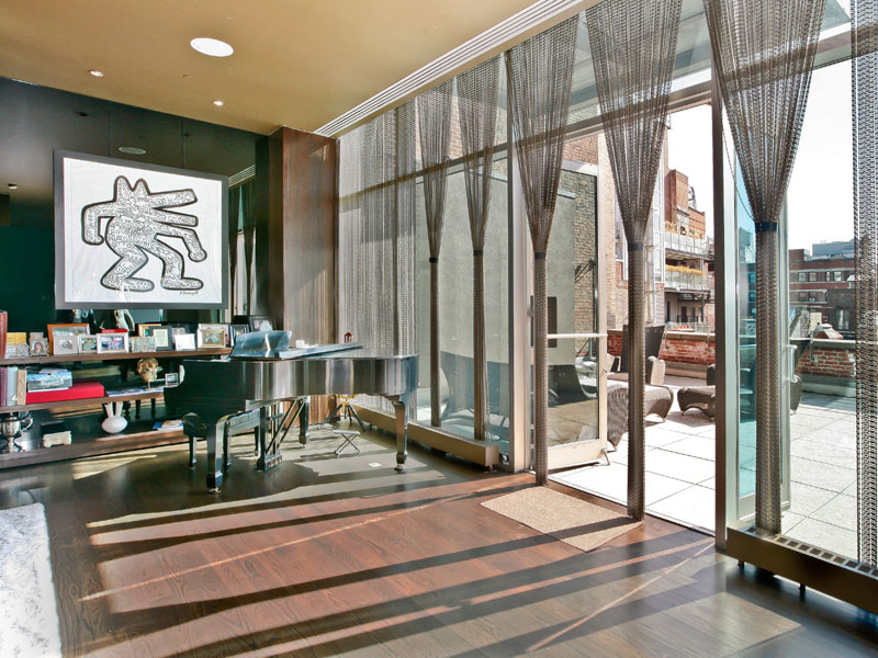 Alicia keys 39 glamorous soho penthouse at a reduced price for Luxury apartments for sale nyc