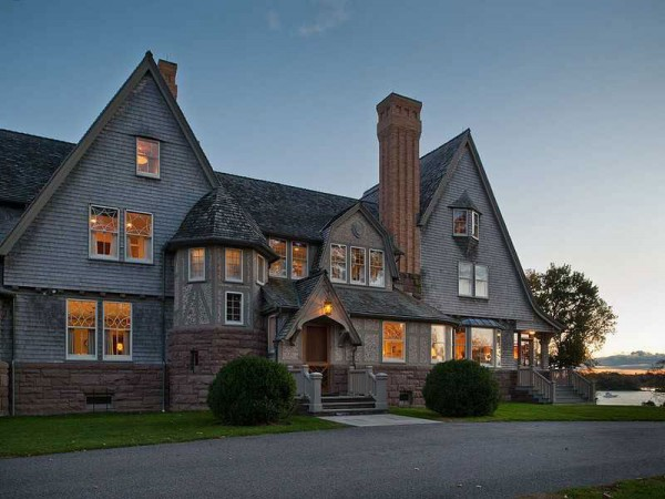 Belle Haven Shingle Style Estate