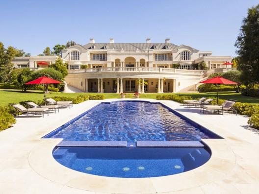 Tamara Ecclestone plans to buy Walt Disney's former mansion worth $95 million