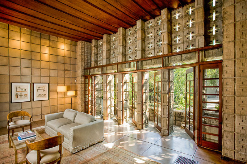 Frank Lloyd Wright's La Miniatura House
