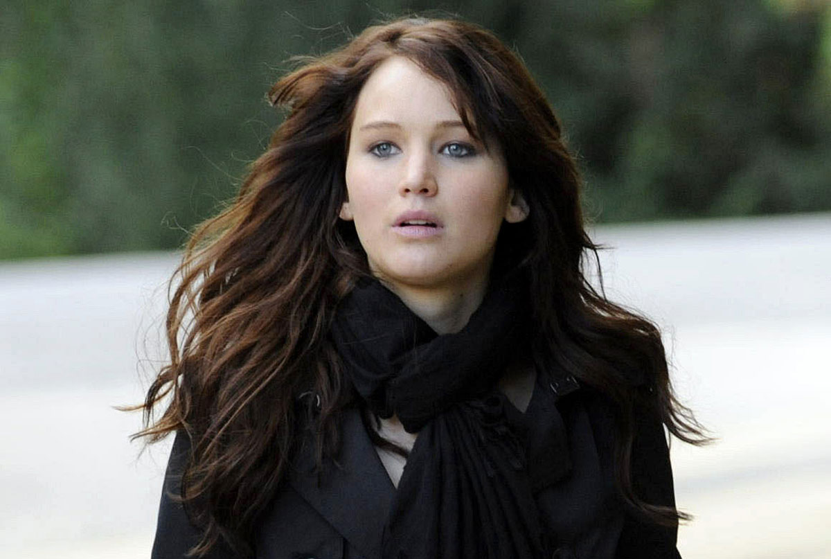 Jennifer Lawrences Silver Linings Playbook Costumes Sold for Impressive $12,000