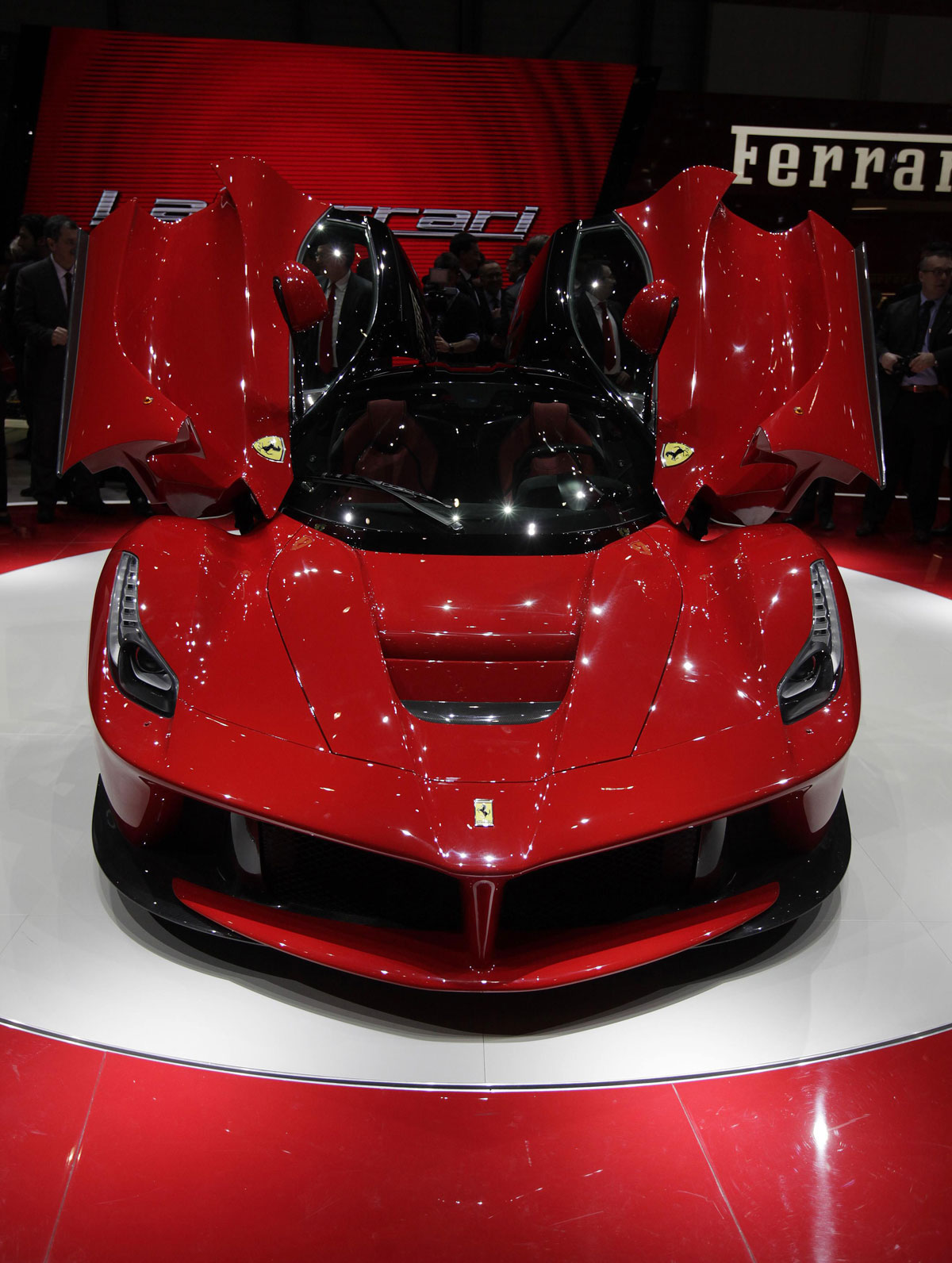 LaFerrari &#8211; New Toy From Maranello