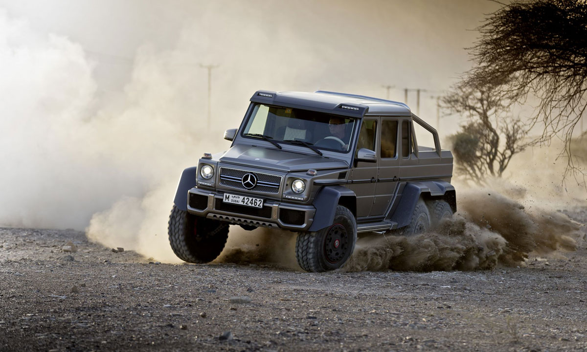 Military version of mercedes g63 amg 6x6 extravaganzi for Mercedes benz amg 6x6 price