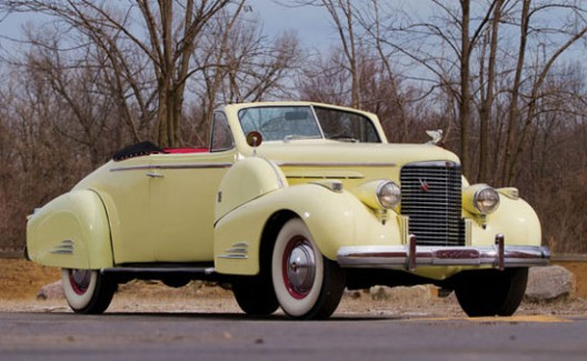 1938 Cadillac V-16 Convertible Coupe with Fleetwood coachwork