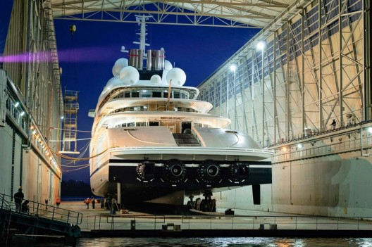 Azzam - World's Largest Private Yacht