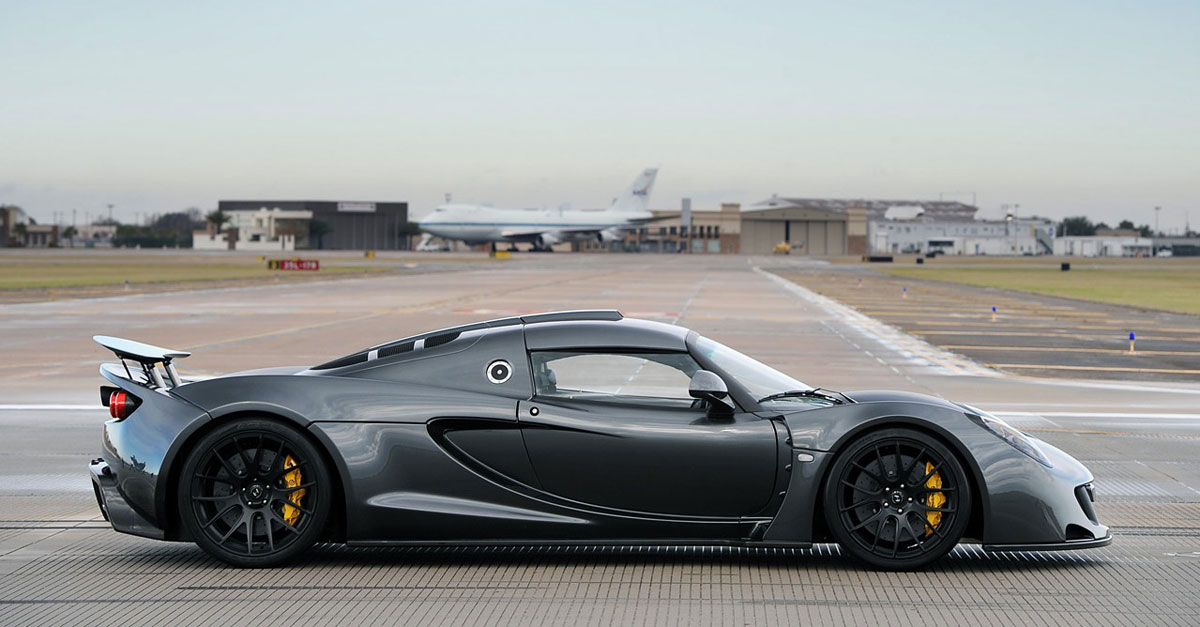 hennessey venom gt the fastest production car in the world extravaganzi. Black Bedroom Furniture Sets. Home Design Ideas