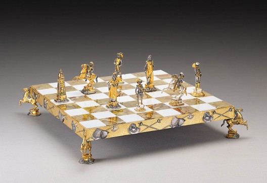 Historical Gold and Silver Chess Sets by Piero Benzoni