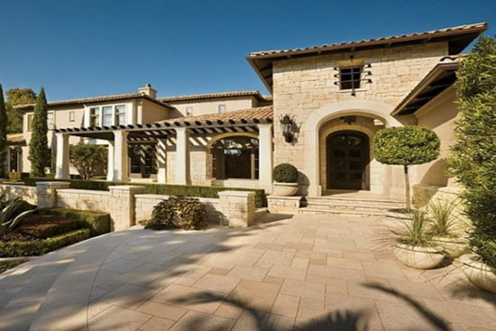 Home of Lance Armstrong Goes on Sale - eXtravaganzi