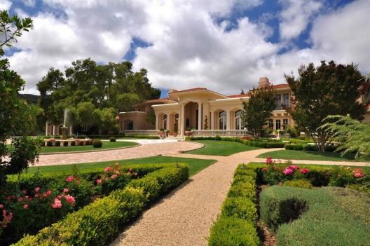 Lionshead Estate