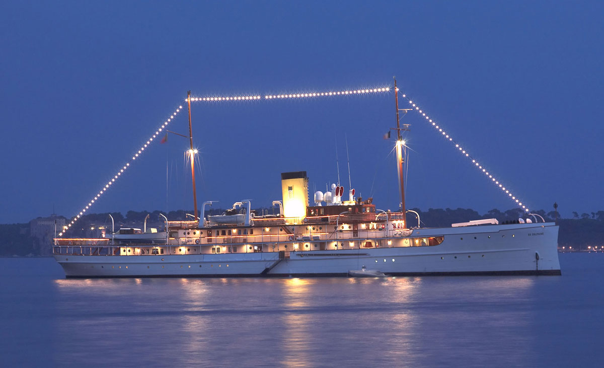 Ss Delphine Steam Powered Boat For Sale Extravaganzi