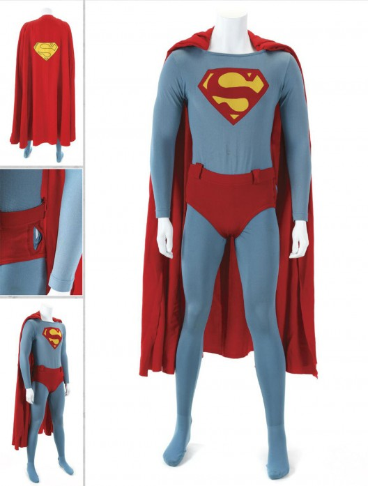Superman-IV-Christopher-Reeve-special-effect-flying-costume