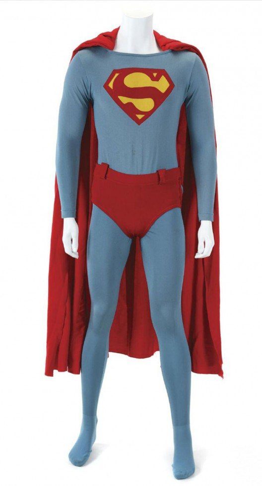 Christopher Reeve's Superman suit auctioned for $35,000