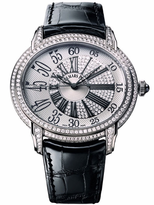 To commemorate the 15th anniversary of the Queen Elizabeth II (AP QEII) in Hong Kong, Audemars Piguet will be launching a 100-piece Millenary limited edition  watch