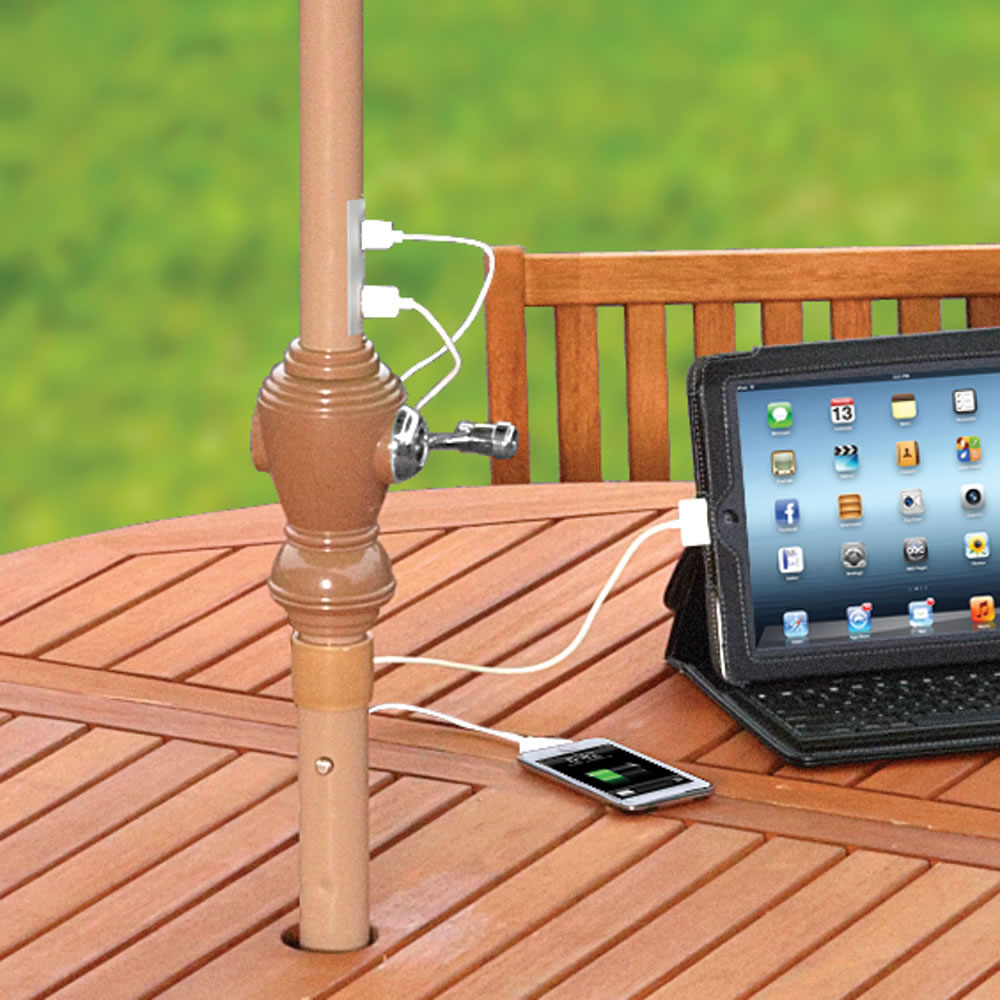innovative outdoor patio umbrella allows you charge your usb gadgets extravaganzi. Black Bedroom Furniture Sets. Home Design Ideas