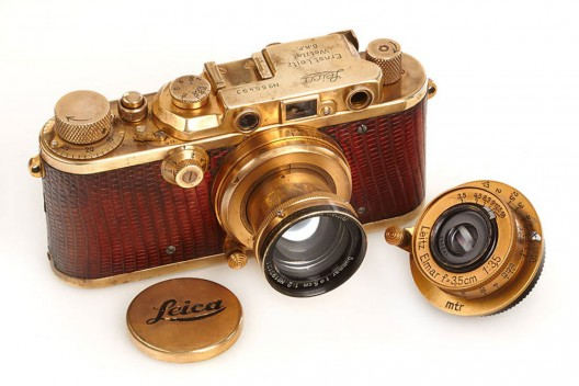 1931 gold-plated Luxus Leica Camera