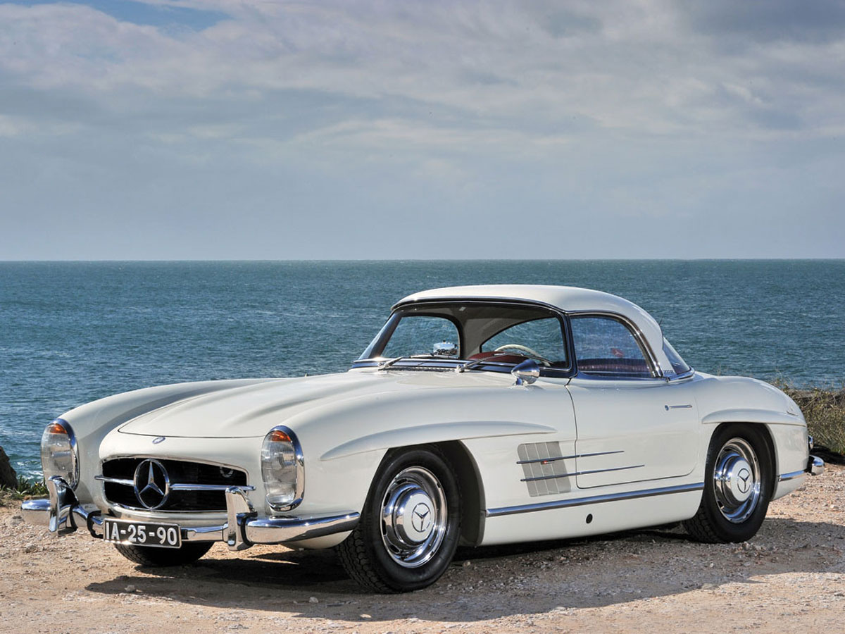 1962 mercedes benz 300sl roadster on rm auction extravaganzi. Black Bedroom Furniture Sets. Home Design Ideas